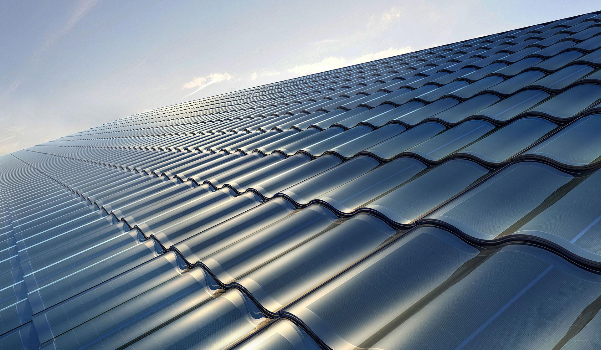 Komplett solcellstak med solceller integrerade i takpannan